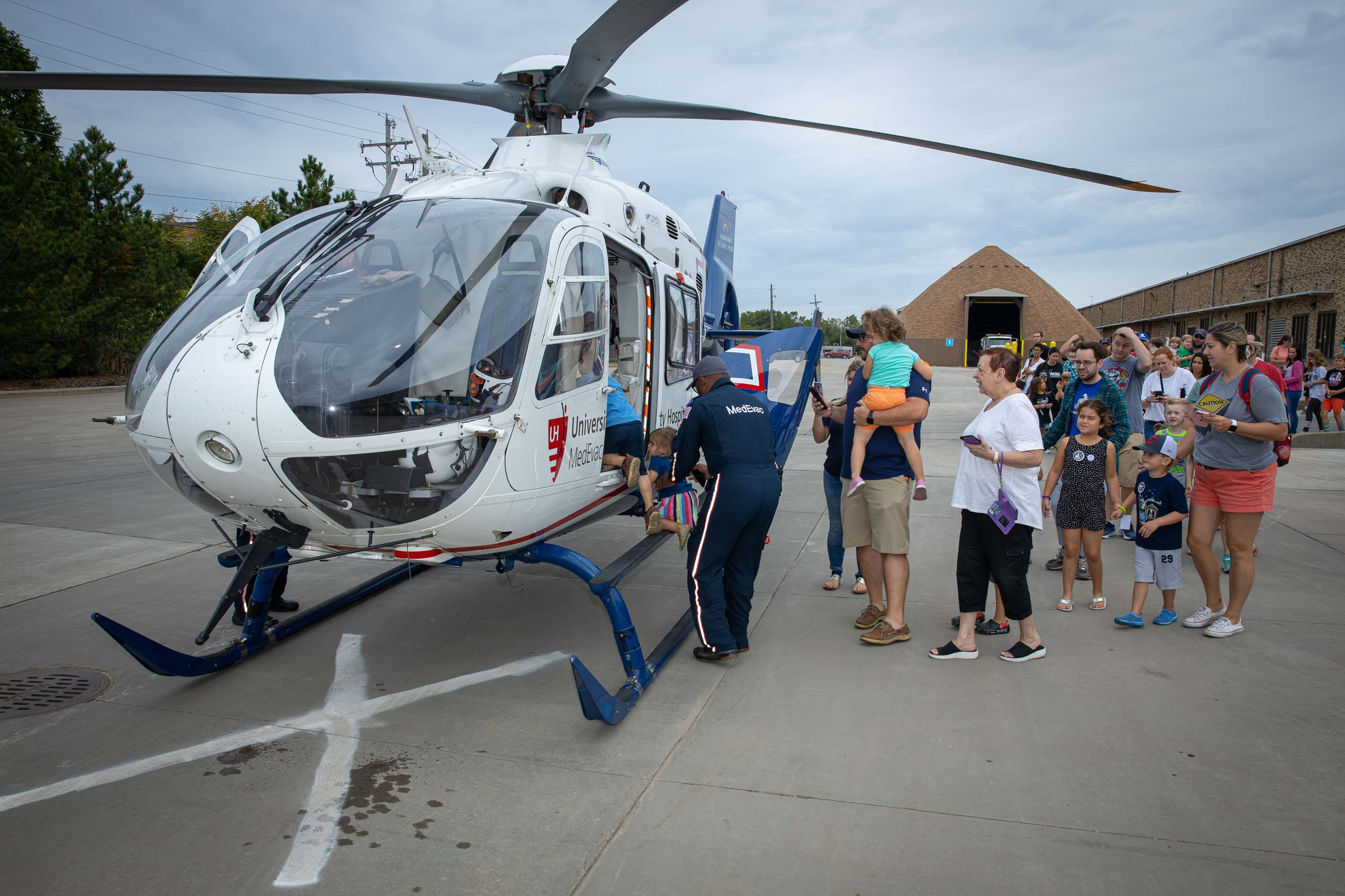 photo of the medevac helicopter at Honkin Haulin